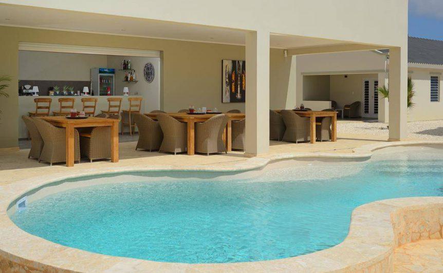 All Seasons Apartments Bonaire