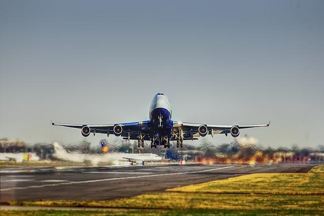 Startbaan opstijgen vliegtuig