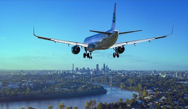 Vliegtuig zet landing in